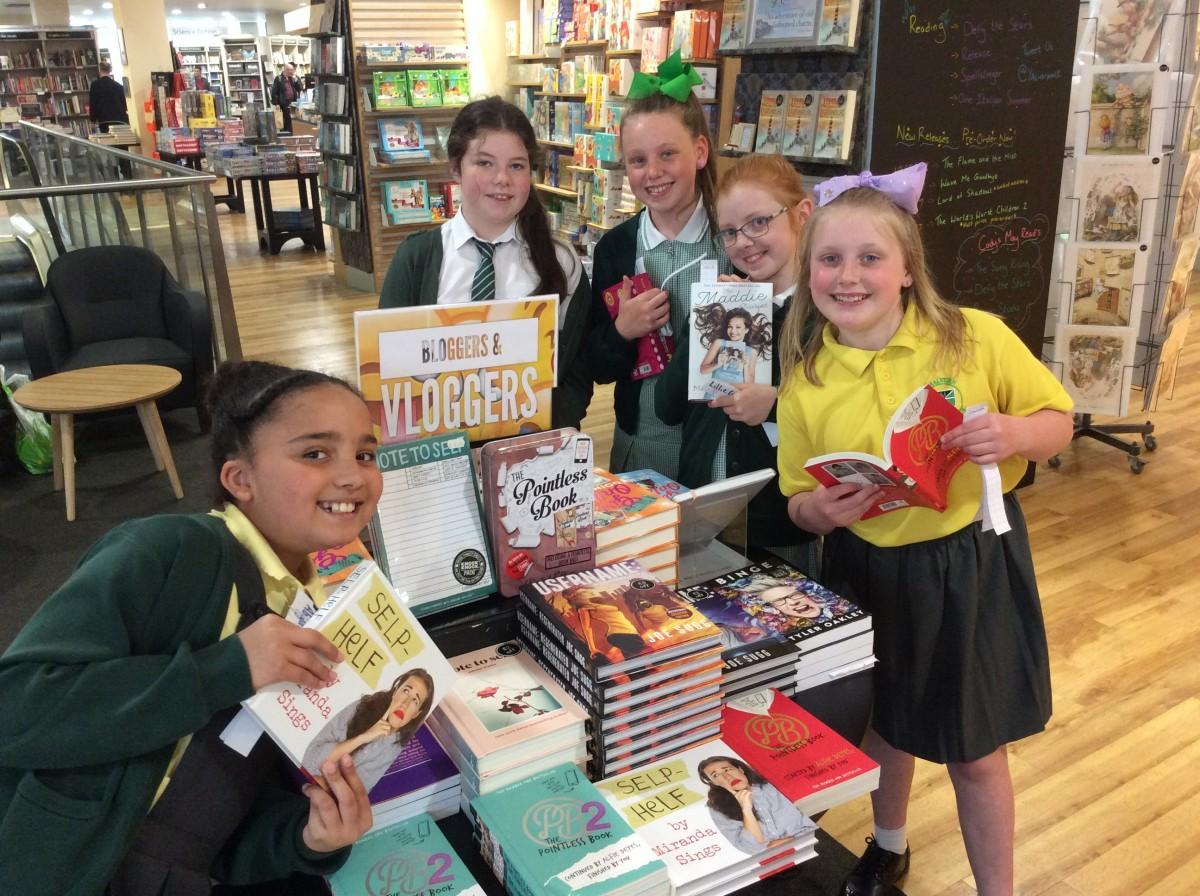 Y5 y6 book club malvern primary school and solutioingenieria Images